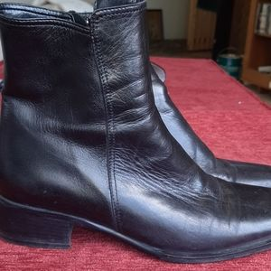 Browns Leather Ankle boots